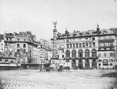 place du Châtelet - Paris 1er/4ème La place du Châtelet et la fontaine du Palmier en 1851. Une photo du baron Louis Humbert Adolphe de Molard (1800-1874).