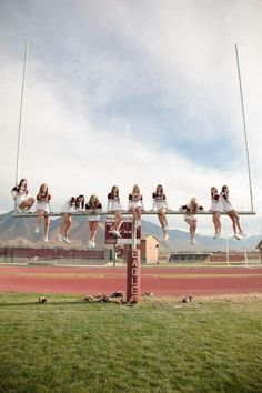 Cute Cheer Team Photo. Cheerleading♡ @Christabelle Clip Lavarro Grace Wilkinson