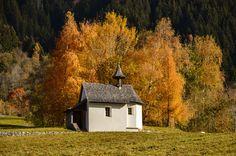 Pestkapelle Hüttnertobel  herbst im montafon http://fc-foto.de/37269714