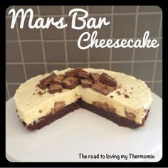 "The old ""roadies"" here know how much I looooooooooove cheesecake. My blog has quite a few in it.  You can use any chocolate bar you like in place of the Mars"