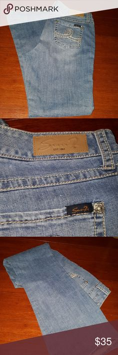 Good condtion seven 7 blue jeans size 16 Flare mojo STYLE. Used but in very good condtion Seven7 Jeans Flare & Wide Leg