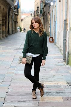 Skinny trousers and cozy knit