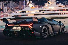 Ultra-Rare Lamborghini Veneno Roadster Is A Fighter-Jet For The Road CarBuzz Skyline Gtr R35, Nissan Skyline, Lamborghini Veneno Roadster, Japanese Wine, Raging Bull, Acura Nsx, Dream Machine, Green Accents, Classic Trucks