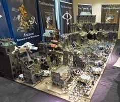 Das ist einfach ein krasser #Warhammer40k Tisch.  Spikey Bits Warhammer 40k, Fantasy, Conversions and Painted Miniatures: Istvaan III Betrayal - Horus Heresy Studio Table Gallery