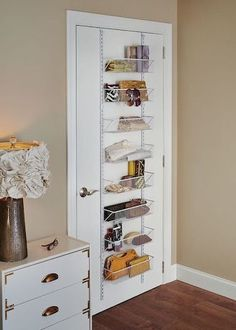 Maximize Space in a Small Bedroom. Clever storage ideas. Shelving on the back of a door. Hanging door storage.