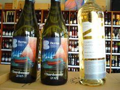Nové vína od slovenských vinárov v našej pronuke.  Nezabudnite ochutnať výnimočné Chardonnay od bratov Bertovcov, Neronet  a Pálavu z vinárstva Pavelka, mladé Chardonnay z PD Mojmírovce , svieži Aurelius z Golguz-u alebo Dunaj z Vinidi - ......... www.vinopredaj.sk .....  #pdmojmirovce #pavelka #mrvastanko #berta #zaprazny #vinarstvo #winery #winemaker #vineyards #vinar #vinidi #golguz #aurelius #golguz #cabernetsauvignon #chardonnay #veltlinskezelene #cabernetsauvignon #palava #vino #wine…