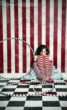I love this red and white striped circus picture so much I'm pinning it again.