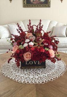 Valentine's Day silk floral arrangement #Valentine's Day Centerpiece