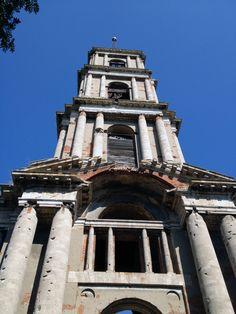 Высота колокольни 75 метров.