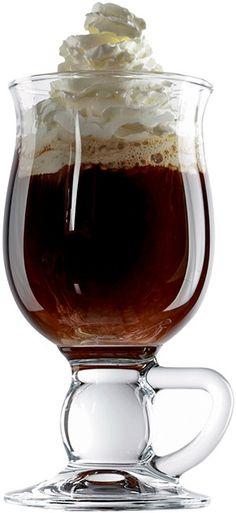 How to make Irish Coffee ❊ Irish Coffee Mugs, Coffee Cafe, Hot Coffee, Coffee Break, Coffee Drinks, Coffee Shop, Irish Coffee Ingredients, Coin Café, Brown Sugar Syrup