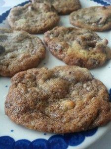 Cookies med marcipan, nougat og chokolade: brug din konfektrest
