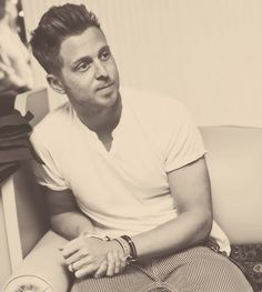 Ryan Tedder <3 I have a small crush.