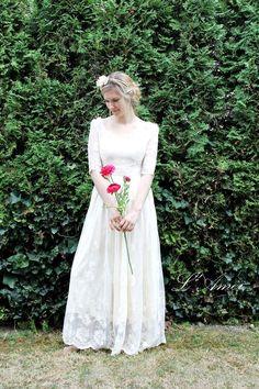 dressy wedding gown simple flower bouquet - Google Search