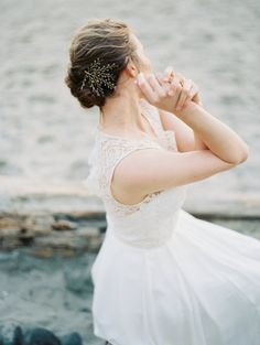 beautiful wedding headpiece