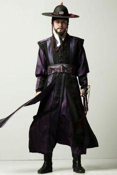 The Return of Iljimae Korean Traditional, Traditional Dresses, Historical Costume, Historical Clothing, Korea Dress, Space Fashion, Korean Hanbok, Korean Men, Korean Outfits