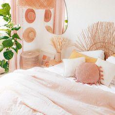 The dreamiest looking bedroom 📸 @erikacarlock - - - - - - - #cosyhome #cozyhome #cosybedroom #cozybedroom #pastelaesthetic #bedroomdecor… Cosy Bedroom, Bedroom Decor, Cozy House, Tapestry, Home Decor, Cozy Dorm Room, Hanging Tapestry, Tapestries, Decoration Home