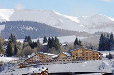 Hotel L'Arboisie is een viersterrenhotel gebouwd in chaletstijl kijkt uit over het bergdorp Megève en zijn dal en is gevestigd in de regio Rhone-Alpes.  Het ligt op slechts 5 minuten van het centrum van Megève, met uitzicht op de authentieke alpine dorp en de vallei, met een prachtig uitzicht van het skistation en bel-toren.  Officiële categorie ****