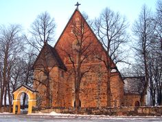 Maarian kirkko, Turku - Mary's Church (ca. is a medieval stone church, located in Turku, Finland. Grave Monuments, Turku Finland, European Map, Old Churches, Place Of Worship, Helsinki, Travel Inspiration, National Parks, Places To Visit