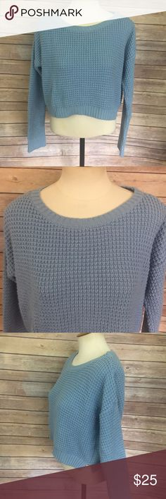 """TopShop Cropped Sweater Blue TOPSHOP blue knit cropped sweater, Size 4  Acrylic  Measurements: Bust: 38"""" Length: 17""""  Stock #246 Topshop Sweaters Crew & Scoop Necks"""