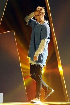 Where are U now that I need ya - justin beiber Justin Beiber Style, Justin Bieber 2015, Justin Bieber Outfits, Justin Bieber Pictures, Justin Bieber Fashion, Peinado Justin Bieber, Justin Baby, Justin Bieber Wallpaper, Outfits Hombre