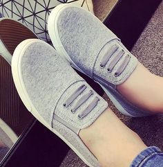 Women's Canvas Slip-On Casual Tennis Shoes Sneakers Comfort Fit 4 Colors