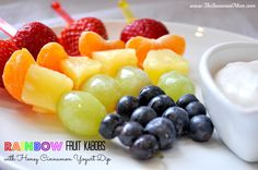 Rainbow Fruit Kabobs with Honey Cinnamon Yogurt Dip - The Seasoned Mom Rainbow Fruit Kabobs, Fruit Kabobs Kids, St Patrick's Day, Easy Snacks, Healthy Snacks, Healthy Recipes, Fruit Snacks, Healthy Sweets, Healthy Baking