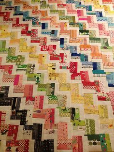 Zig Zag Rail Fence Quilt... nice color combo
