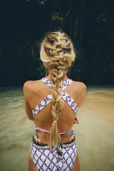 Heb jij veel en dik haar? Kijk dan naar deze prachtige vlechten voor dik en lang haar.