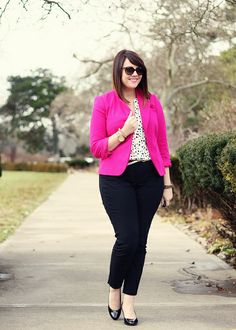 Plus size outfits - business professional outfits for interview Business Professional Outfits, Business Casual Outfits, Plus Size Business Attire, Work Fashion, Curvy Fashion, Plus Fashion, Curvy Outfits, Plus Size Outfits, Pink Blazer Outfits