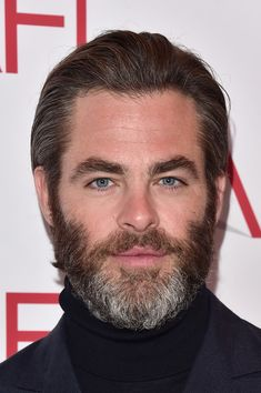 Chris Pine Photos Photos - Actor Chris Pine attends the 17th annual AFI Awards at Four Seasons Los Angeles at Beverly Hills on January 6, 2017 in Los Angeles, California. - 17th Annual AFI Awards - Arrivals