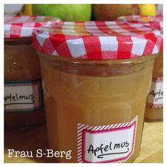 Frau S-Berg: Apfelmus