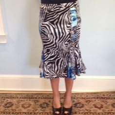 Roberto cavalli inspired skirt size xs Marciano Roberto cavalli inspired skirt size xs Marciano animal print with black white and blue Guess Skirts