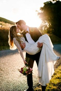 Breathtaking Rustic Wedding In Popular Shots ❤ See more: http://www.weddingforward.com/rustic-wedding/ #weddings