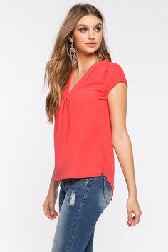 Блуза Размеры: S, M, L Цвет: коралловый Цена: 1013 руб.     #одежда #женщинам #блузы #коопт