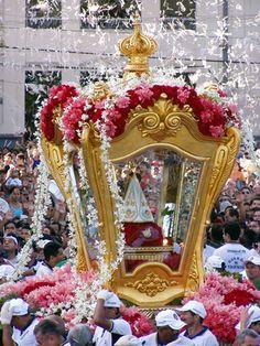 Círio de Nossa Senhora de Nazareth   photos of various processions of Círio de Nazaré