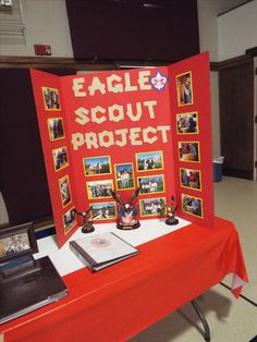 Eagle Project Display Scout Mom, Girl Scout Swap, Girl Scout Leader, Cub Scouts, Eagle Scout Project Ideas, Eagle Scout Gifts, Eagle Scout Ceremony, Girl Scout Crafts, Brownie Girl Scouts