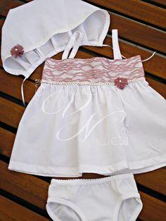 Χειροποίητα vintage εσώρουχα βάπτισης με δαντέλα - Handmade vintage baptism underclothes with lace