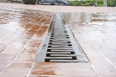 GH Form Campus water drain in cast iron.   Made in Denmark with recycled materials in a sustainable production loop. Recycled Materials, Denmark, Cast Iron, Sustainability, Photo Ideas, The Outsiders, Recycling, Sidewalk, Urban