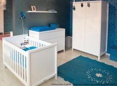 that carpet is incredible! Baby Hippo, Baby Boy Rooms, Kids Rooms, Baby Fever, Decoration, Baby Blue, Babys, Cribs, Toddler Bed