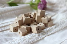 Wooden cube  beads / pack of 100 / natural wood by NeliStudio