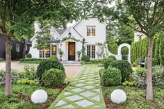Pretty little white cottage home! Love the walkway detail and landscaping. Southern Home Exterior Ideas with Old Southern Charm White Exterior Paint, Exterior Paint Colors, Landscape Design, Garden Design, House Design, Landscape Elements, Patio Design, Fairytale Garden, Fairytale Cottage