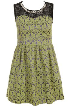 Constrasting Sleeveless Green Dress. Description Green Dress, featuring scoop neck, sleeveless styling, constrasting , pearl set auger neckline, zipper with back Fabric Dacron. Washing Hand wash, separation and light color clothes. #Romwe