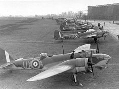 The Bristol Blenheim was a light bomber used by the Royal Air Force during World War II that was also adapted to night fighter and photo reconnaissance variants. Air Force Bomber, Air Force Aircraft, Navy Aircraft, Ww2 Aircraft, Military Aircraft, Bristol Blenheim, Le Bristol, Bristol Beaufighter, Ww2 Planes