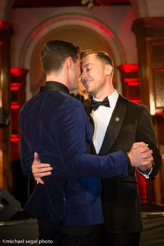 Lance Bass and Michael Turchin's Wedding Ceremony and Reception at Park Plaza Hotel (Michael Segal Photogrpahy) Cute Gay Couples, Couples In Love, Gay Lindo, Gay Romance, Hugs, Men Kissing, Man In Love, Gay Pride, Couple Goals