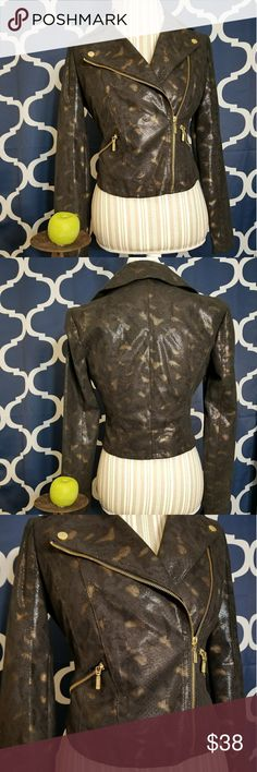 🌻🌺🌻ROCK & REPIBLIC MOTO JACKET!! SIZE: small   BRAND:Rock & Republic   CONDITION:like new, worn twice   COLOR: black and gold   🌟POSH AMBASSADOR, BUY WITH CONFIDENCE!   🌟CHECK OUT MY OTHER ITEMS TO BUNDLE AND SAVE ON SHIPPING!   🌟OFFERS WELCOME!   🌟FAST SHIPPING! Rock & Republic Jackets & Coats
