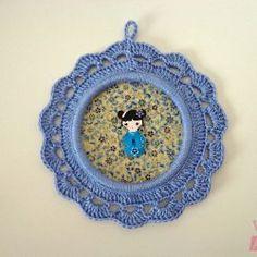 Como fazer uma moldurinha em crochê para decorar