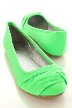 Lycra upper in a flexible ballet flats style with a closed round toe, detailed front. Smooth lining and footbed. Cute Flats, Cute Shoes, Me Too Shoes, Green Flats, Nike Shoes Outlet, Green Fashion, Shoe Closet, Crazy Shoes, Ballet Flats