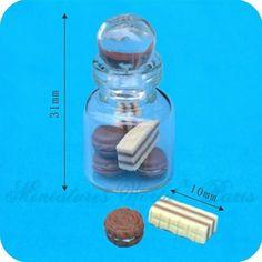 Bocal en verre rempli de sucreries - DM153 1/12ème #maisondepoupées #dollhouse #bocal #jar #meuble #furniture #miniature #verre #glass