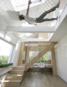 Ceiling hammock sleeping loft for tiny houses... cool! For more visit: https://www.facebook.com/WorkBench-468175990014381/?ref=stream