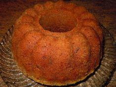 Kuvassa ohjeella tehty suklaakakku Nyt mie laitan tämän tosi hyvän kuivakakku-ohjeen tulemaan, kun muuten tuppaa jäämään roikkumaan näm...
